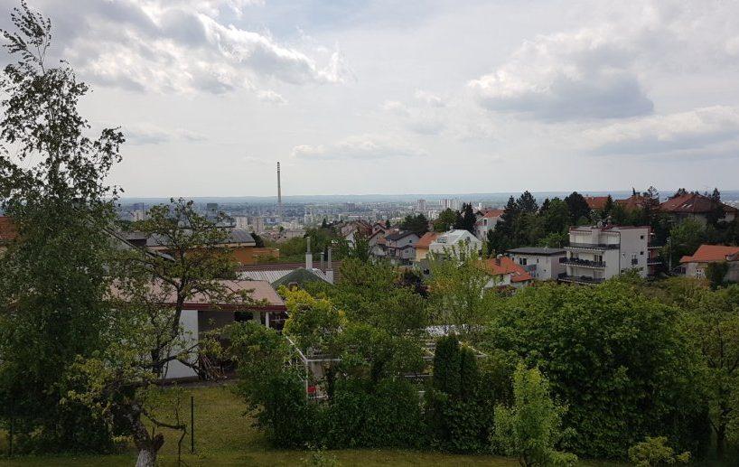 Trosoban stan, Vinogradi ulica, Zagreb,100 m2