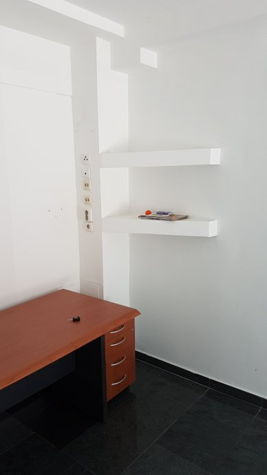 Poslovni prostor Prečko, 34 m2