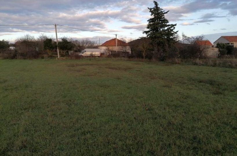 Građevinsko zemljište Donje Raštane, 1.700 m2