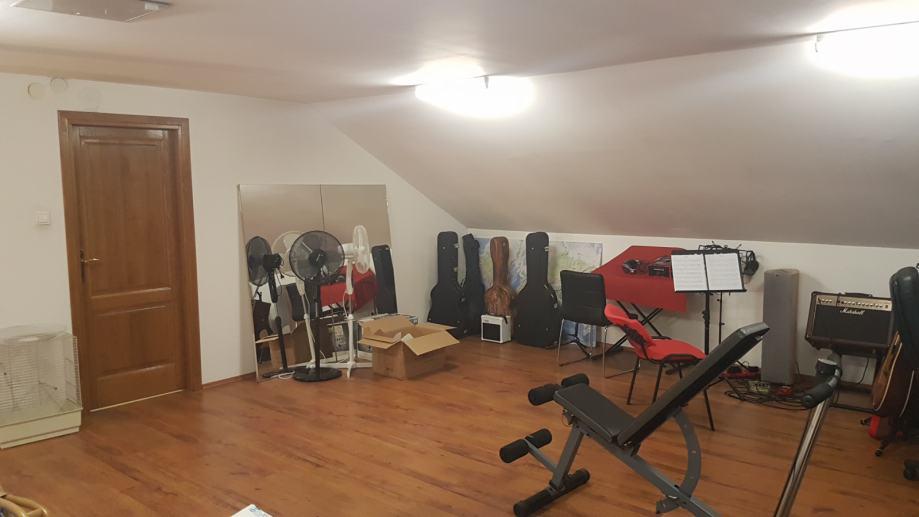 Kuća Stenjevec, 350 m2