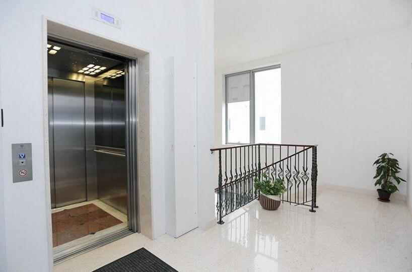 Poslovni prostor Trstenik Split, 89,20 m2